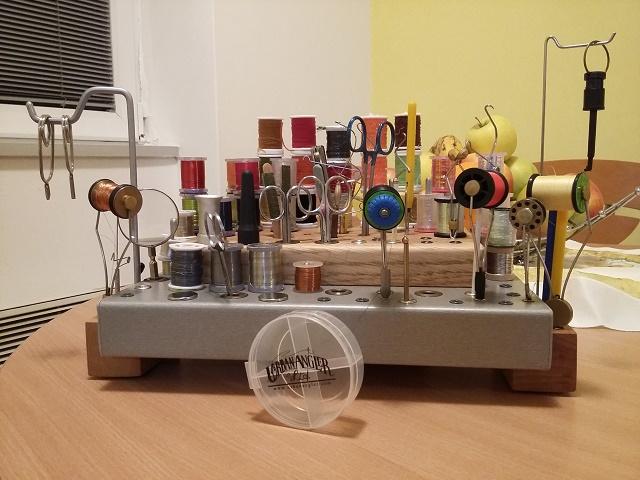 organizer-slozen-alat-i-materijali