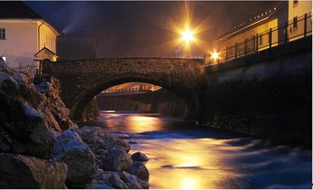 slika-4-skovincov-most-foto-rok-benedicic
