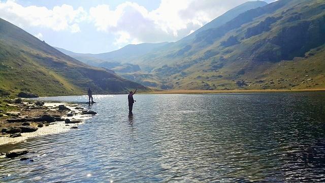 ribolov-na-jezeru-1