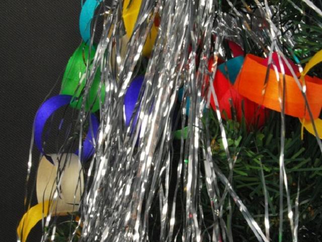 Božićni i novogodišnji ukrasi kao alternativni materijali