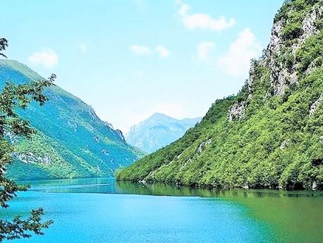 Srbija i RS najavile osnivanje zajedničkog parka biosfere na obalama Drine