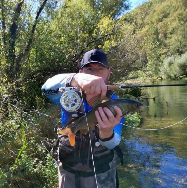 Nedelji ribolov na Ribniku