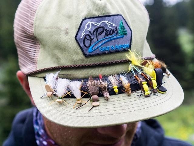 Smeštaj i čuvanje muha na kačketu ili šeširu