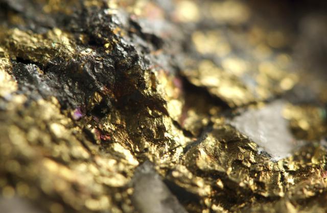 Izvukli tonu zlata i tri tone srebra iz otpada