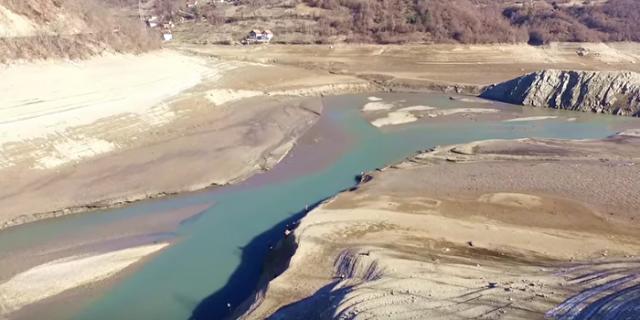 Nestalo Jablaničko jezero
