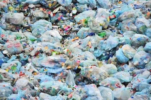 Enzim koji uništava plastiku