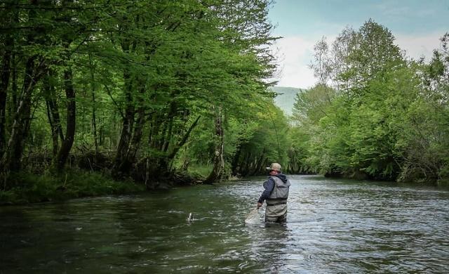 Devastiranje prirodnog mrijestilišta, rijeke Korčanice 2021.